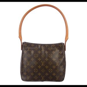 Louis Vuitton Looping MM size